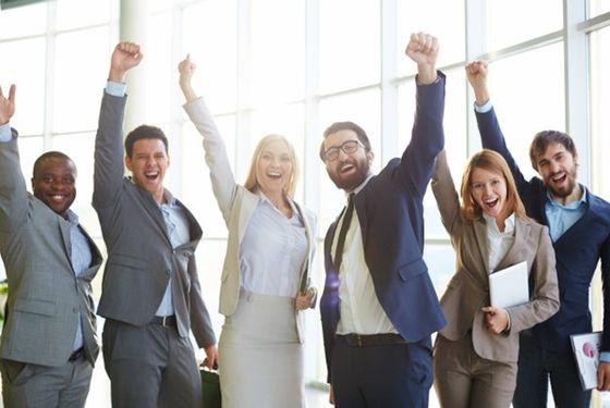 經代業業務員高學歷比率 勝壽險業
